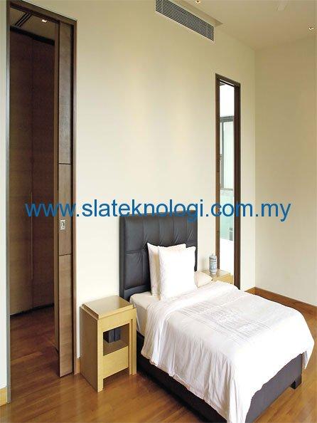 Bedroom-Twin-Doors